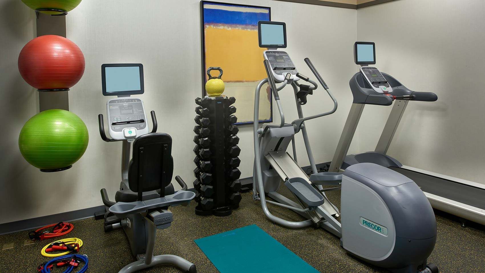 24 hour hotel fitness center
